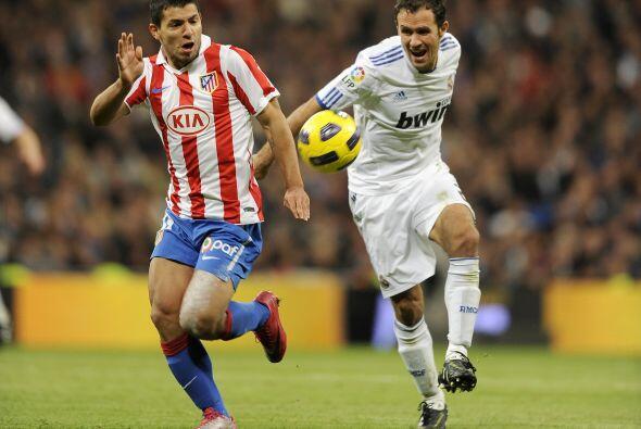 Real Madrid y Atlético de Madrid chocaron en el duelo de la capital espa...