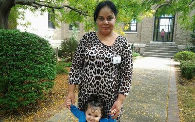 Maribel Trujillo y su hija menor.