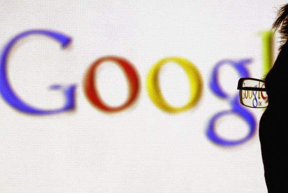 Y aunque en el último trimestre del 2011 Google obtuvo menores ingresos...