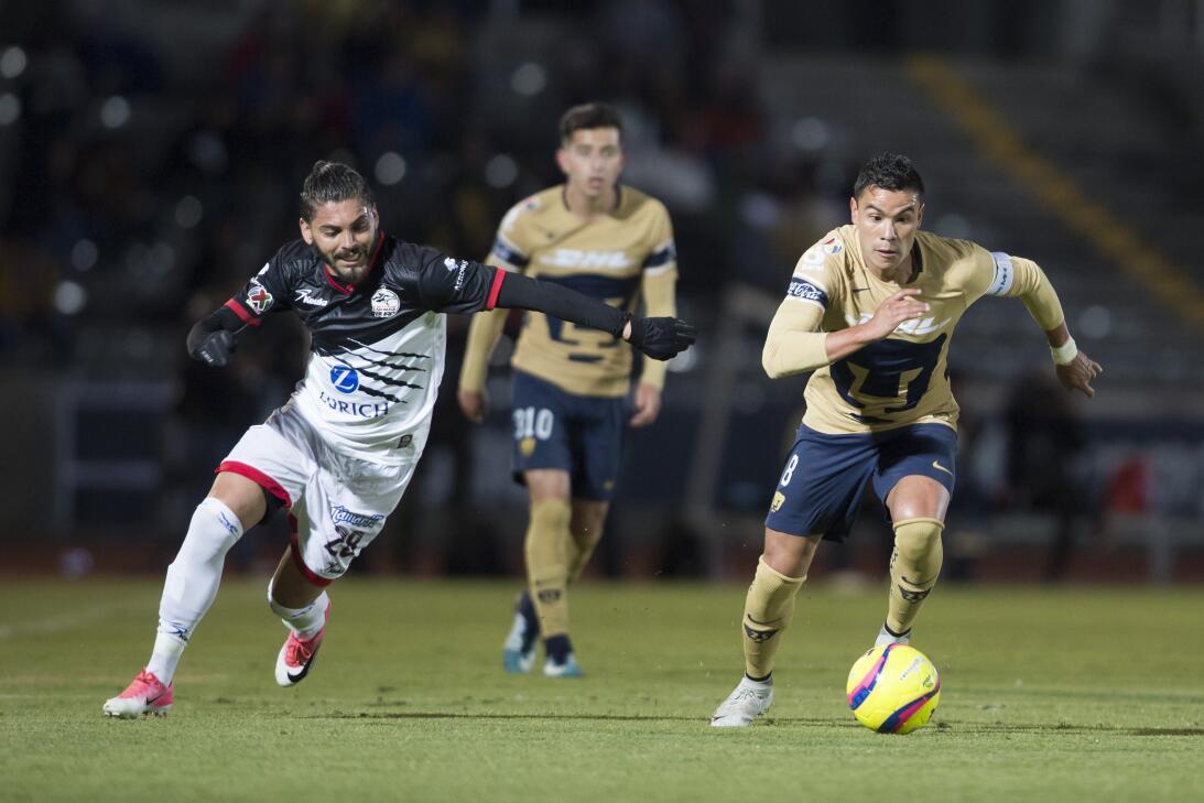 Defensa: Carlos Morales (Lobos BUAP) - 71 toques de balón y dos remates...