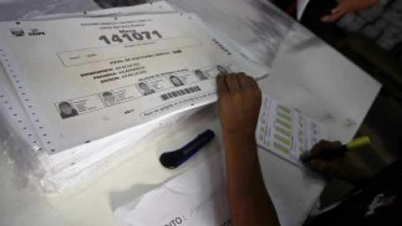Elecciones legislativas y municipales en El Salvador.