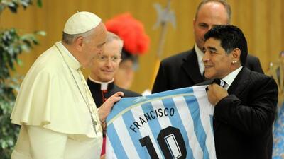 El ex futbolista seguró que es hicnha del papa.