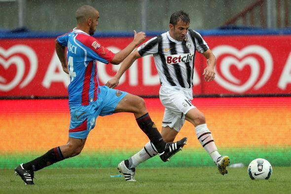 También se dio el ingreso del veterano Alessandro del Piero.