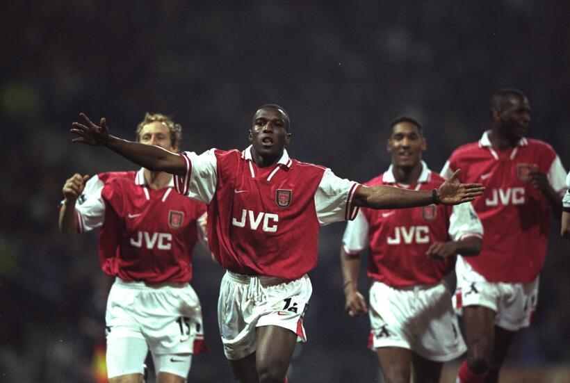 10. Arsenal F.C. (1997/1998): aquel equipo de los Gunners, dirigidos por...