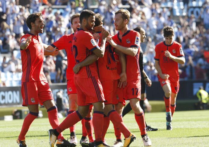 Con Vela, la Real Sociedad remontó y ganó al Celta en Vigo 6363876616275...