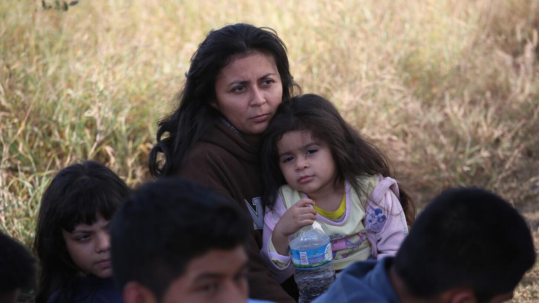 Unos 30,000 menores centroamericanos son detenidos en México en 2015 cen...