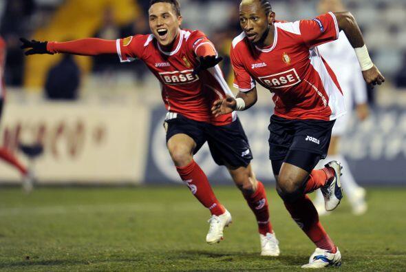 El Standard no pasó mayor apuro y ganó por 3-0.