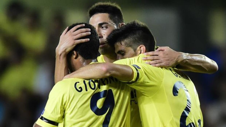 Giovani disputó minutos como titular junto con su hermano Jonathan y el...