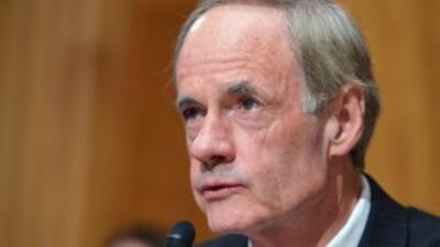 Tom Carper (demócrata por Delawere), presidente del Comité de Seguridad...