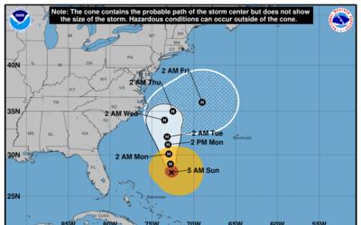 Esta es la posición del huracán María, debilitado a categoría 2, a las 5...