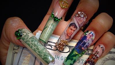 Diseño de uñas por @nailstheluxe