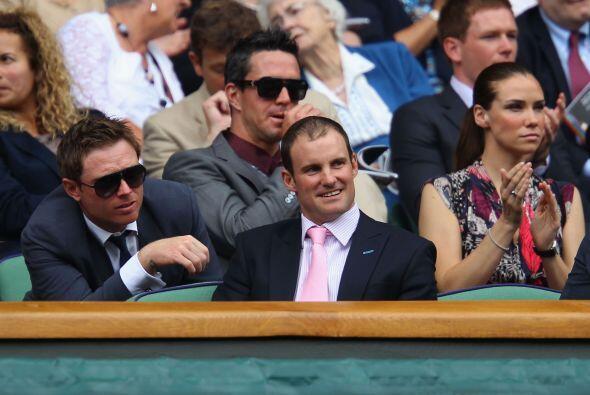 Jugadores del equipo ingles de cricket Ian Bell, Kevin Pietersen y Andre...
