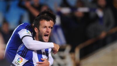 Imanol Agirretxe anotó los tres goles de la Real en Granada.