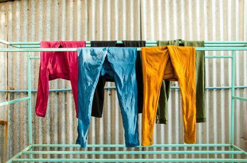 ¡Cuelga la ropa inmediatamente después de secarla! Así las prendas queda...