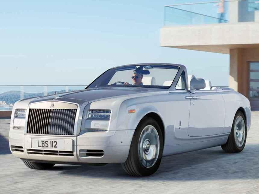 El Rolls Royce Phantom Drophead es quizás uno de los autos más lujosos d...
