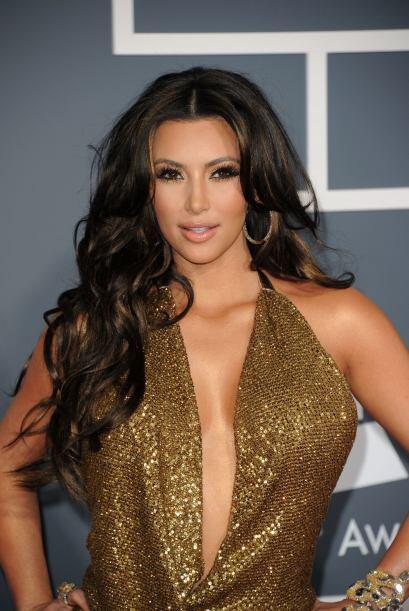 """¿Recuerdan cuando Kim peinaba con unas alborotadas """"greñitas"""" llenas de..."""