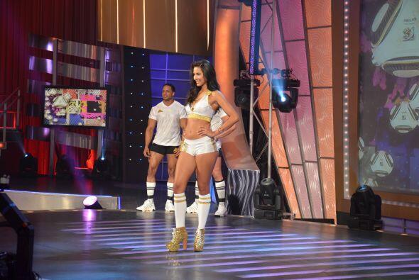 Esta noche se llevó a cabo el concurso La Chica de Oro.