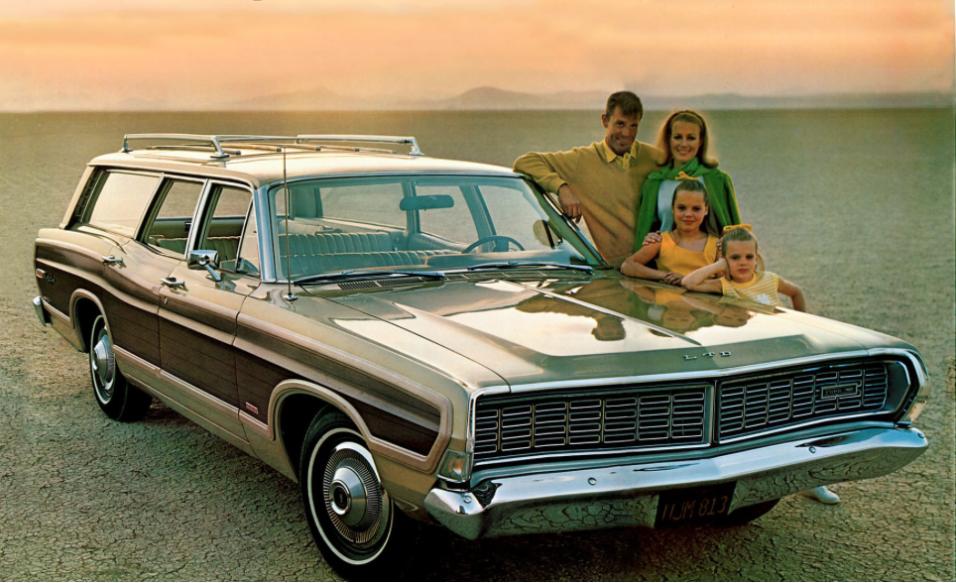 ¿Quién recuerda a la station wagon? 1968Ford-Country-Squire-Station-Wago...