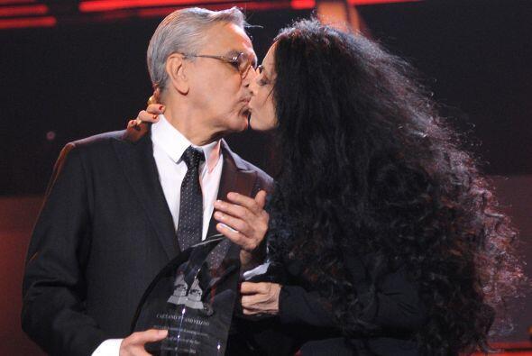 Bueno, hasta beso hubo entre Caetano y Sonia.