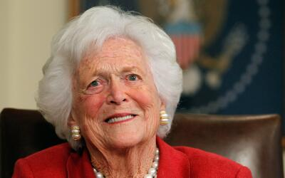 Las perlas se convirtieron en sinónimo de Bush, quien en alg&uacu...