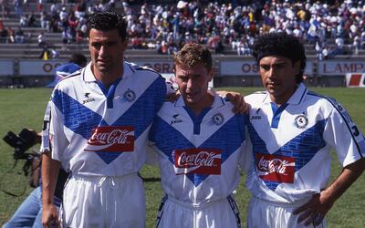 Miguel González (izquierda), Emilio Butragueño (centro) y...