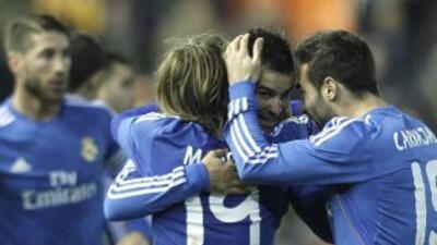 El canterano Jesé Rodríguez permitió que los líderes Barcelona y Atlétic...