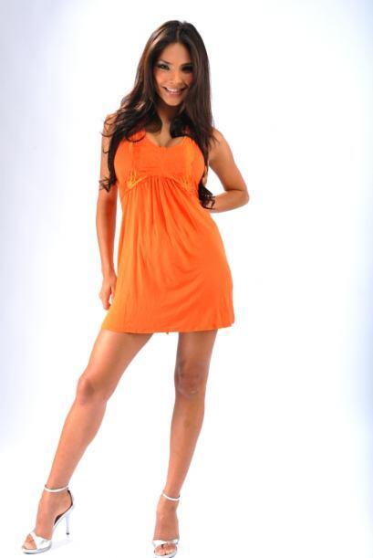 Alejandra nació en la ciudad de Tijuana, Baja California, y creció con n...
