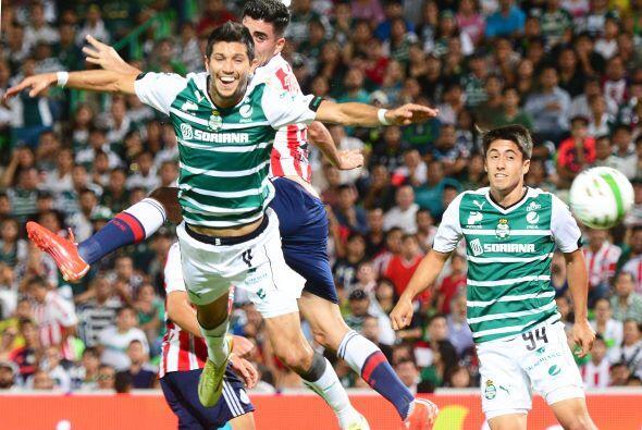Santos recibió en el TSM a Chivas para encarar la seimifinal de ida