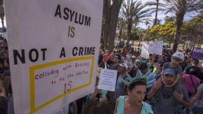 """""""Pedir asilo no es un crimen"""", """"paren la crueldad"""": las protestas contra la dura política migratoria de Trump"""