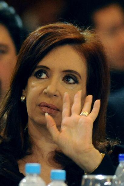 Mientras mantiene el misterio sobre su futuro político, la presidenta Cr...