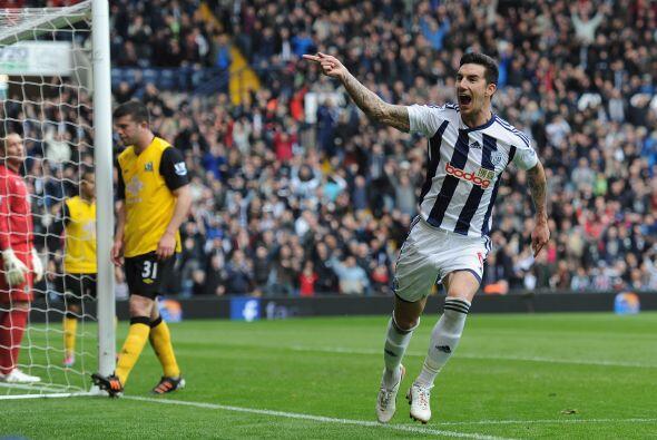 West Borwich goleó al Blackburn Rovers 3 a 0.