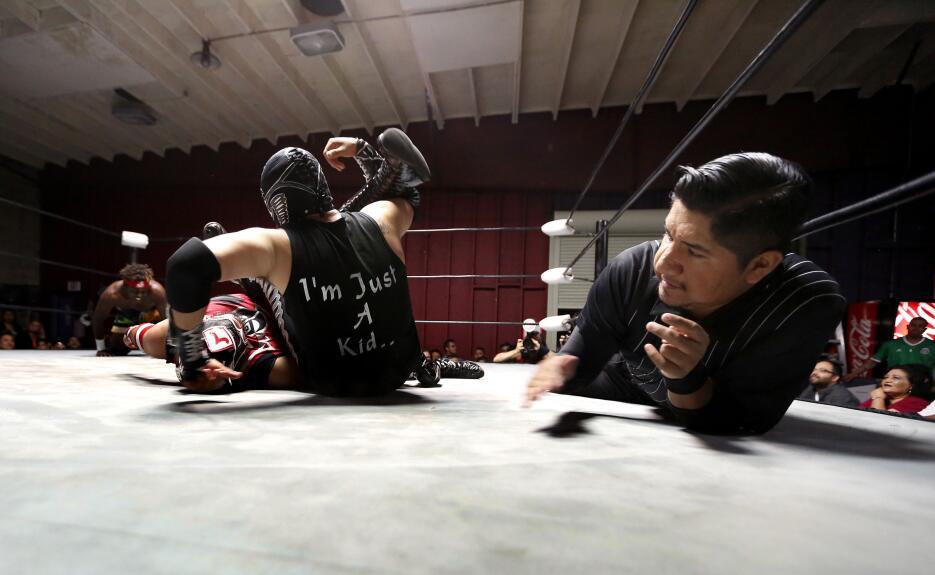 Este deporte-espectáculo sigue de luto desde la muerte del luchador 'El...