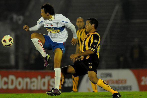 Peñarol le ganó 2-0 a Universidad Católica un partido muy disputado, cas...