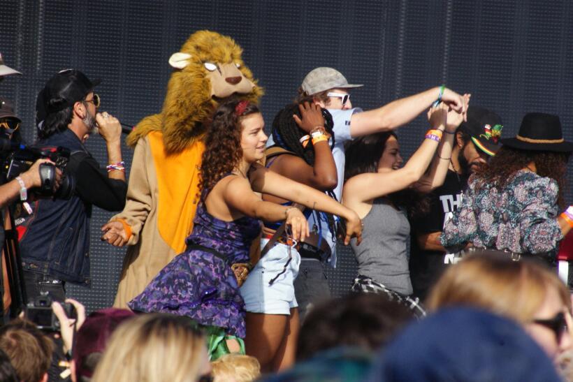 Miles se divirtieron en festival de música Fun Fun Fest este fin...