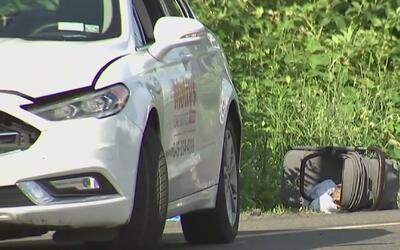 Varios peatones, entre ellos algunos niños, fueron atropellados por un v...