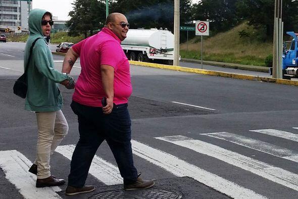 Me siento como papá ayudando a todos a cruzar la calle… Más bien todos s...