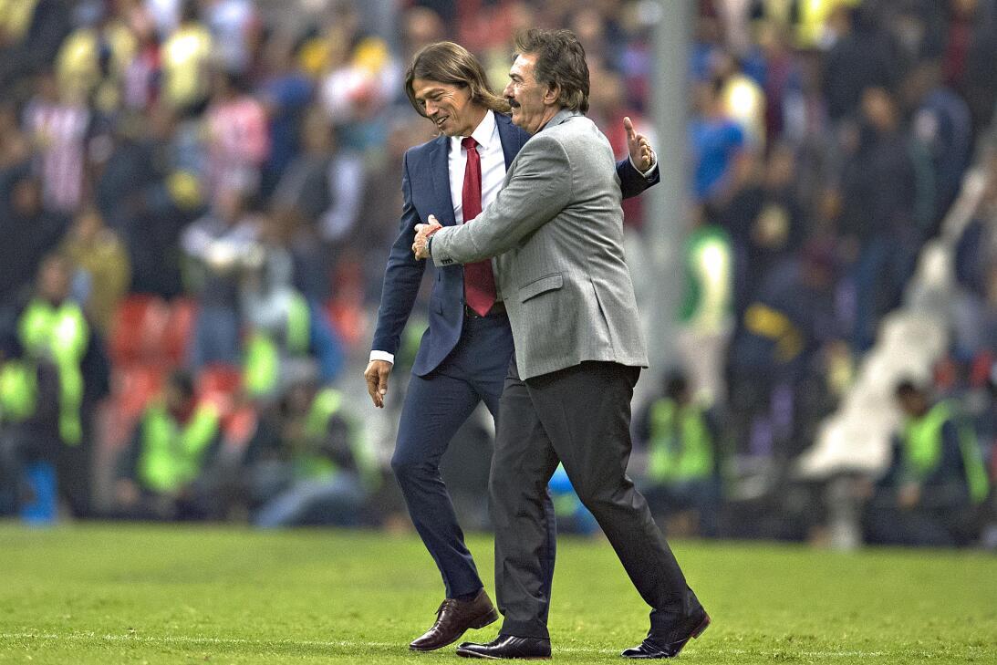 Matías Almeyda, el entrenador que le devolvió la mística al Guadalajara...