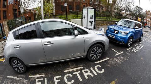 Por ahora, no todos se ven favorecidos por los autos eléctricos.