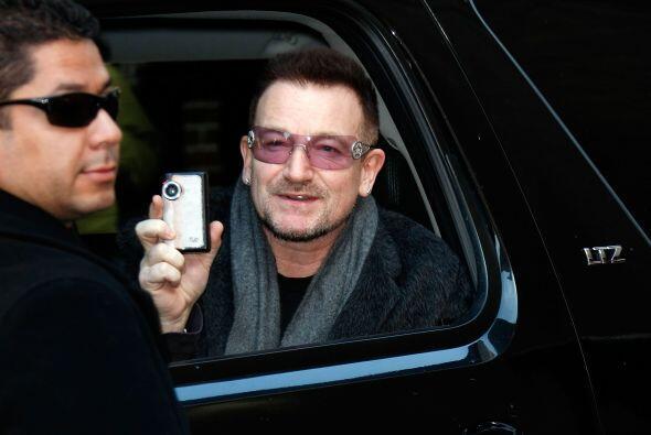 Bono es otro cantante que además de estar pendiente de los avances tecno...