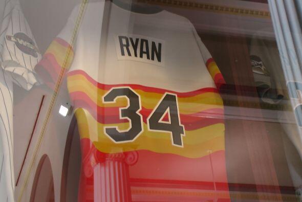¿A que equipo le va Nolan Ryan?