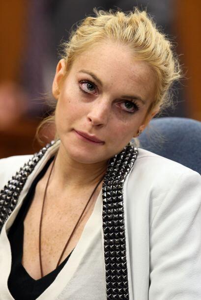 El 10 de julio de 2010 Lindsay recibió una sentencia de 3 meses d...