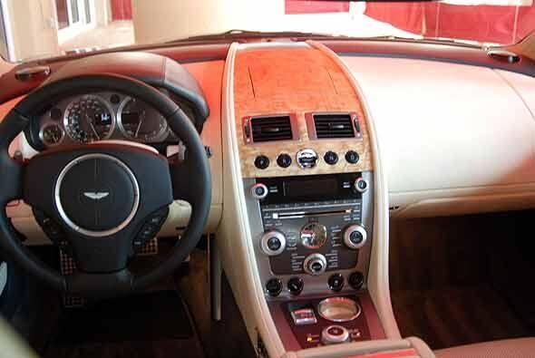 El interior del Rapide se puede diseñar a gusto del comprador.