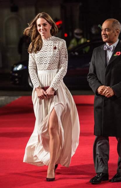 Los 50 mejores vestidos que usó Kate Middleton en 2016 GettyImages-62091...