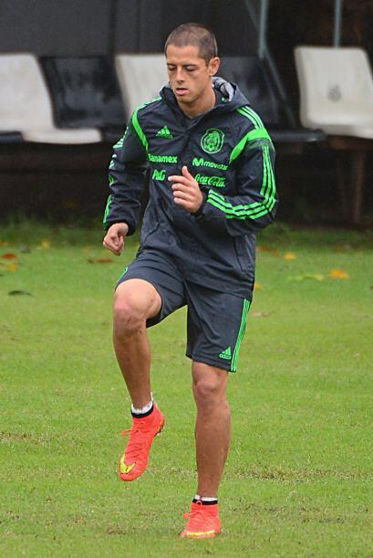 Javier Hernández no se desespera por no ser titular, espera contribuir c...