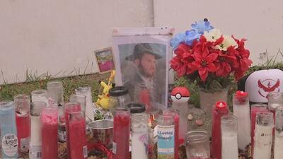 Realizan vigilia en memoria de dos hombres asesinados en el vecindario de Rogers Park