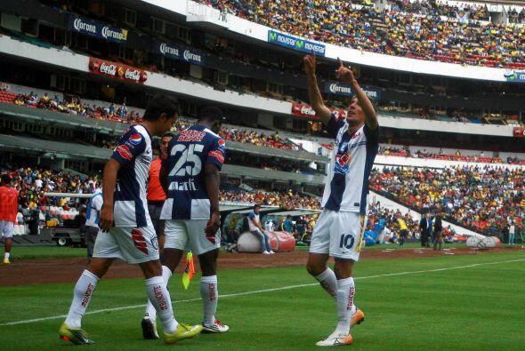 Un año atrás, en el Clausura 2011 los Tuzos llegaron al estadio Azteca p...