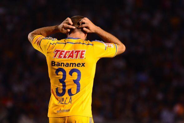 """Esta situación ha hecho que el """"Tuca"""" lo rote con Hérculez Gómez y Joffr..."""