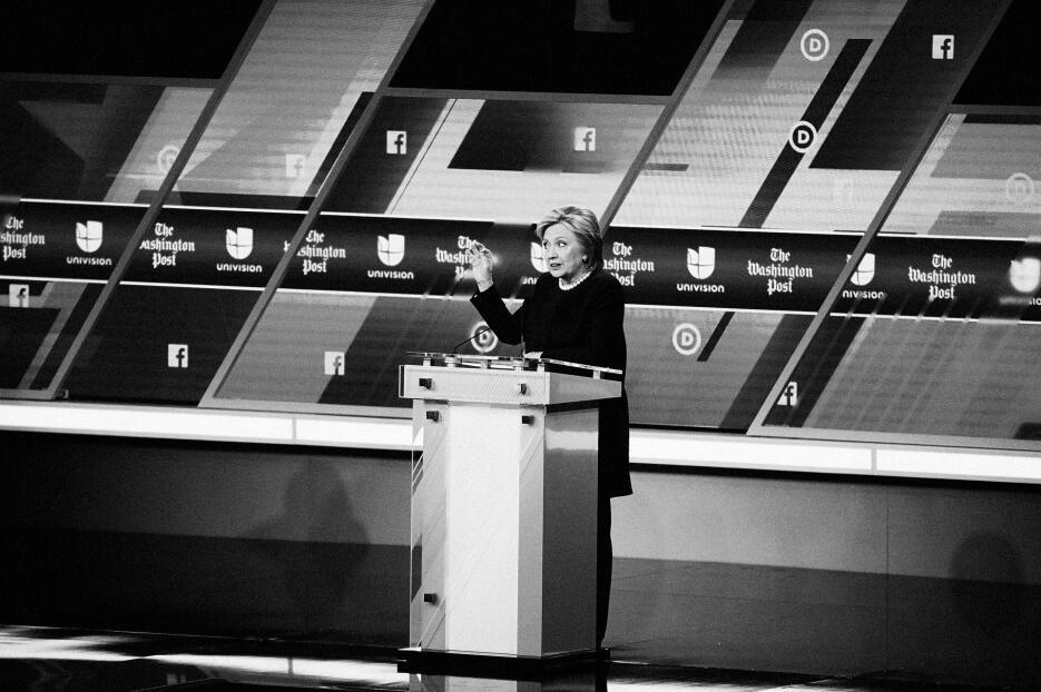 Dentro del debate demócrata más hispano 8_DemDeb_CreditoPhillip%20Angert...