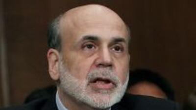 Ben Bernanke alertó este jueves que de no aumentar la deuda de EU se se...