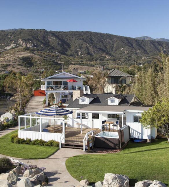 Ashton Kutcher y Mila Kunis compraron esta casa de playa en Santa Bárbar...